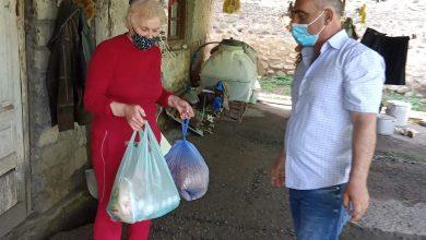 Photo of თელავის მუნიციპალიტეტში მცხოვრებ შეჭირვებულ ოჯახებს სააღდგომო ნობათი გადაეცათ