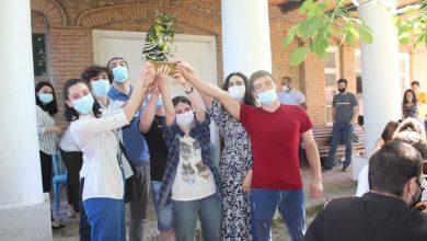 "Photo of ქალაქ გურჯაანის მე-4 საჯარო სკოლის გუნდი ინტელექტუალური თამაშის ""რა? სად? როდის? გამარჯვებული გახდა"